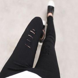 Tyylikkäät naisten revityt farkut